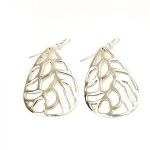 Leaf shaped Silver Earring